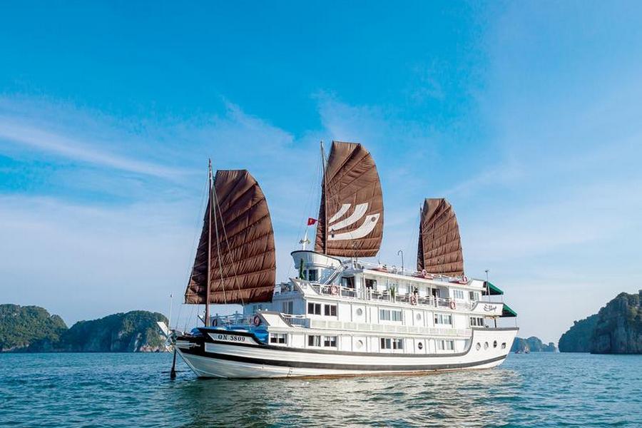 Bhaya Halong Cruise Vietnam
